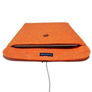 Photo2: buzzhouse design Handmade felt cace for MacBook Air13&MacBook Pro13 with Retina Display Orange (Made in Japan)